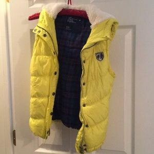 American Eagle Outfitters Vest Size Small